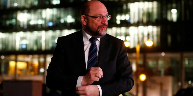 """Allemagne: Un flux d'adhésions au SPD fait craindre pour la """"GroKo"""""""