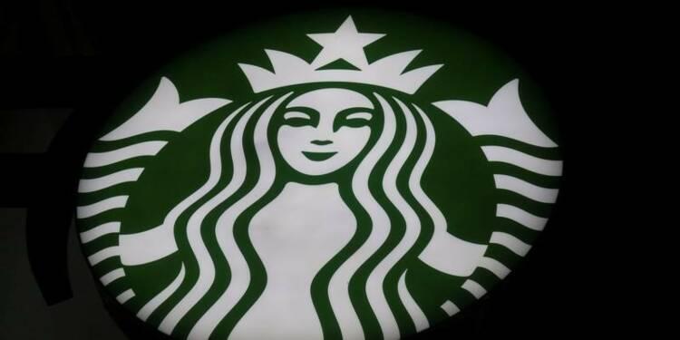 Starbucks prudent sur sa croissance 2018, le titre baisse
