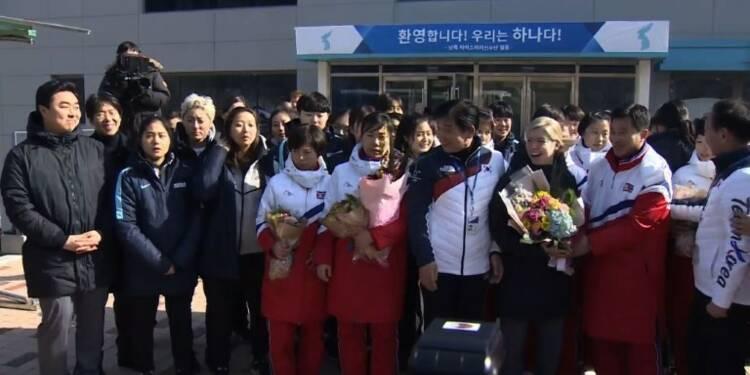 JO-2018: arrivée en Corée du Sud des hockeyeuses nord-coréennes