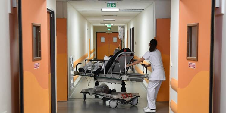 """Le système de santé """"à bout de souffle"""", selon le président de l'Ordre des médecins"""