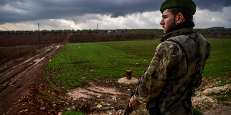 Syrie: fermeté d'Ankara contre Washington, appel de groupes kurdes au monde