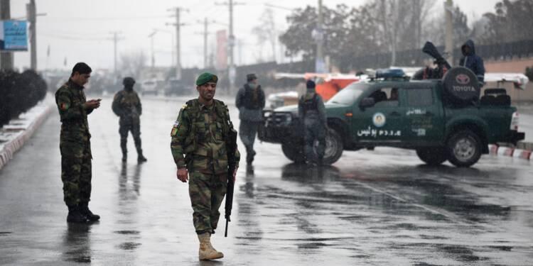 Double attentat suicide à Kaboul: au moins quatre morts, la presse visée