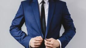 Comment La Cravate solidaire relooke les chômeurs