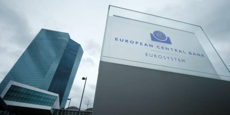 Praet (BCE) lie l'arrêt des rachats d'actifs à l'inflation