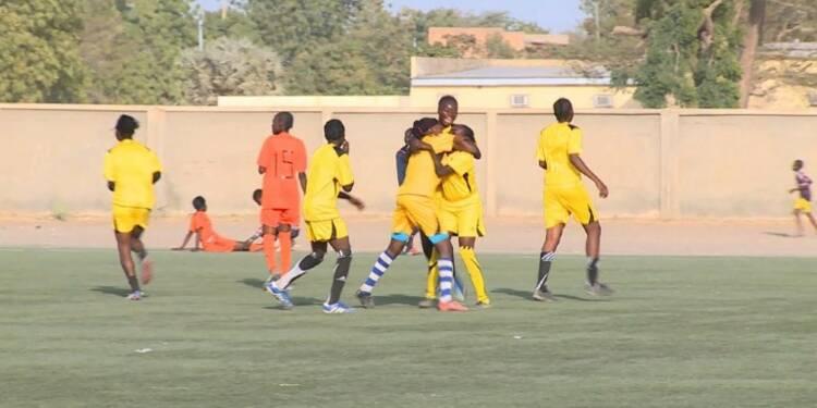 Tchad: premier tournoi de football féminin