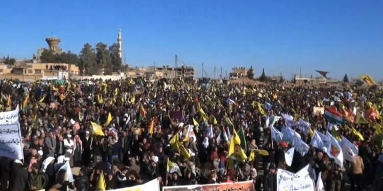 Des Kurdes syriens manifestent contre l'offensive turque