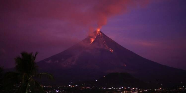 Philippines: éruption du volcan Mayon