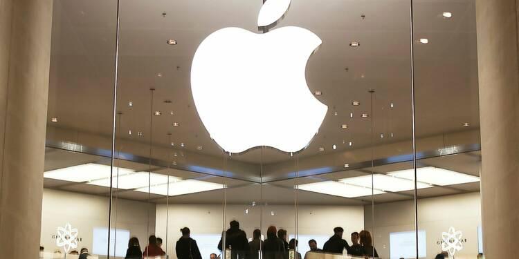 Apple : des résultats record mais des ventes d'iPhone en berne à Noël