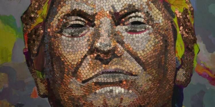 Un portrait de Donald Trump géant fait en pièces de monnaie