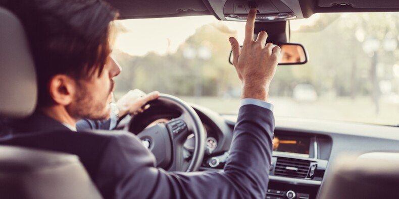 Un chauffeur Uber peut-il être salarié ? Les prud'hommes disent non