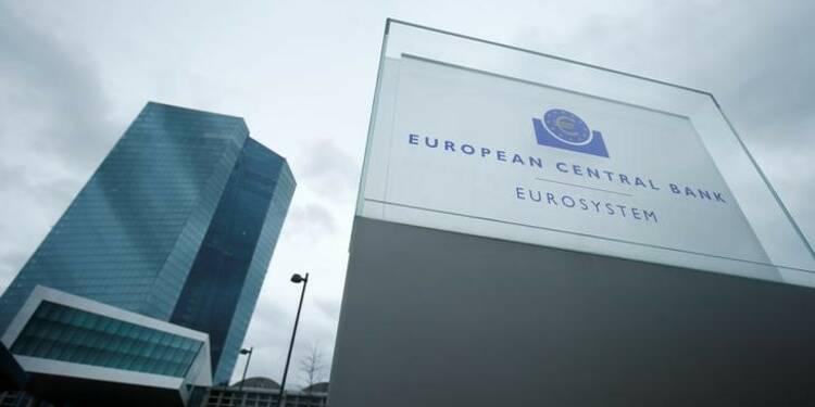 La BCE à l'aise avec les hausses de salaires en Allemagne, affirme Praet