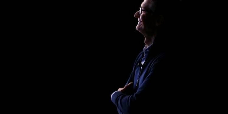 """Apple: Tim Cook n'est """"pas fan"""" d'un dividende exceptionnel"""