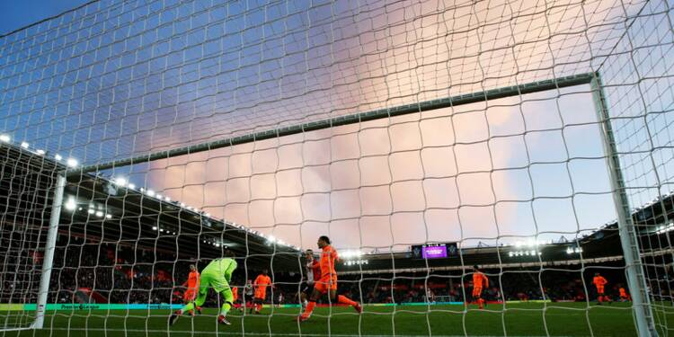 GB/Football: Sky remporte le gros des droits TV, prix en baisse
