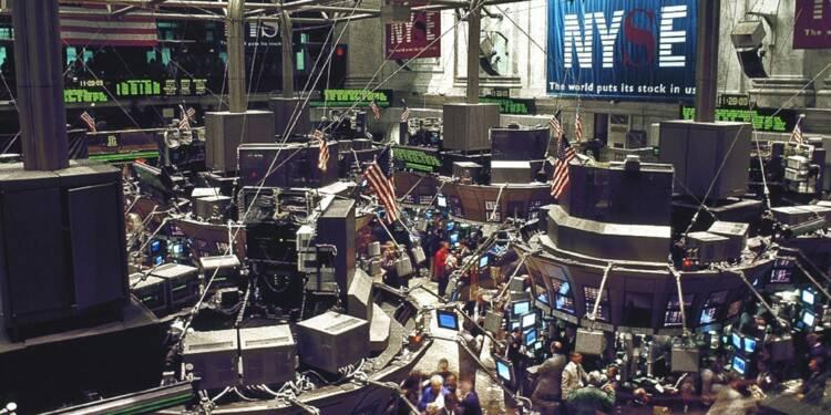 Midterms : le dollar plonge, Wall Street s'envole