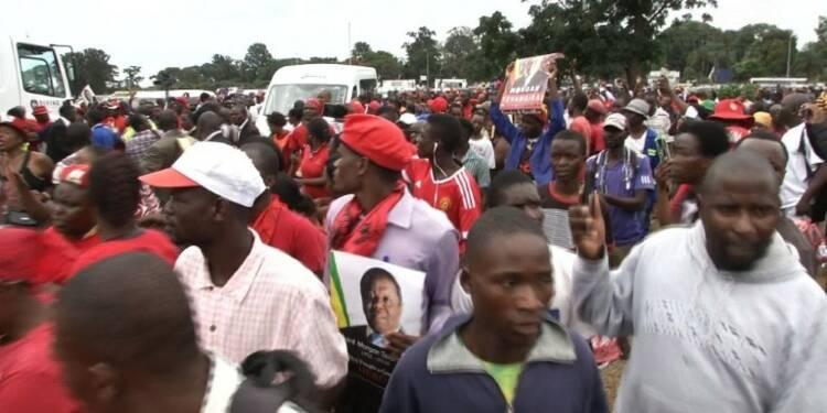 Le Zimbabwe rend un dernier hommage au chef de l'opposition