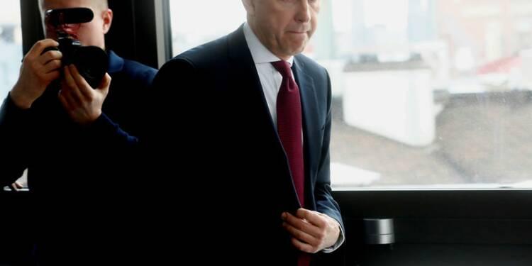 Le gouverneur de la banque centrale de Lettonie suspendu