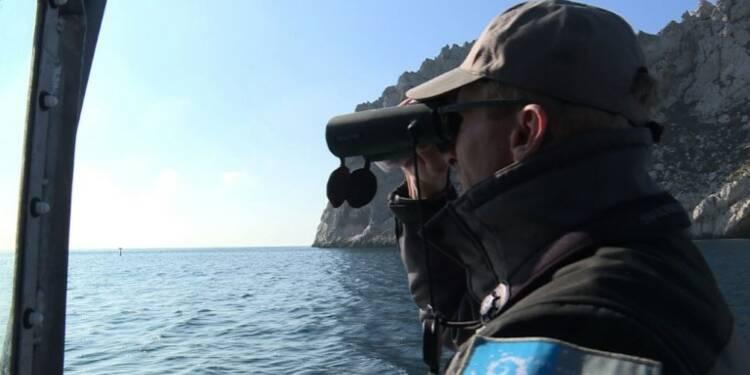 A Marseille, la guerre contre les braconniers des mers