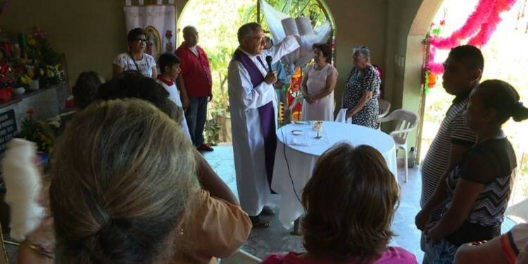 Au Mexique, des prêtres contraints de côtoyer le crime organisé