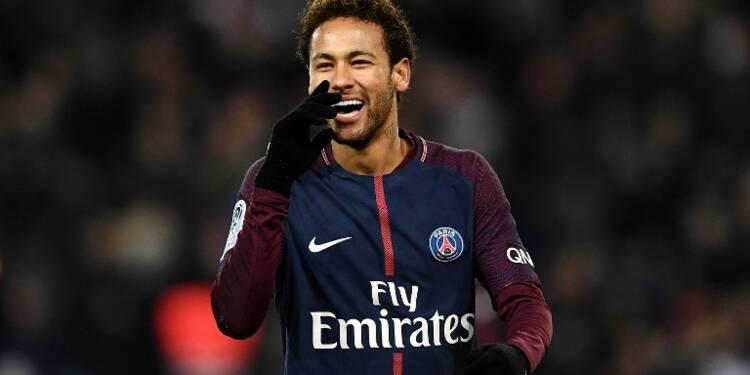 Comme les footballeurs, prenez un agent pour négocier vos contrats !
