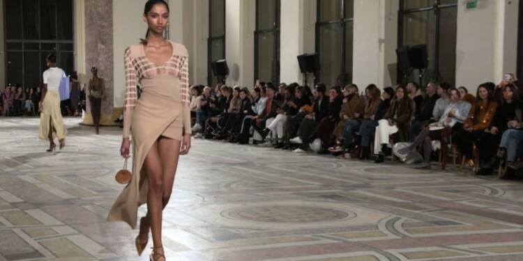 Fashion Week de Paris: défilé Jacquemus sur le thème du souk