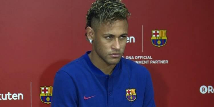 Neymar au Brésil pour son opération, objectif Mondial-2018