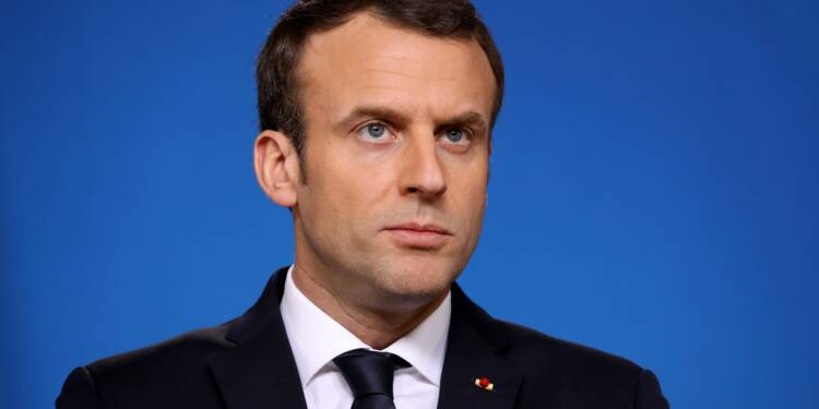 Macron prêt au référendum — Réforme des institutions