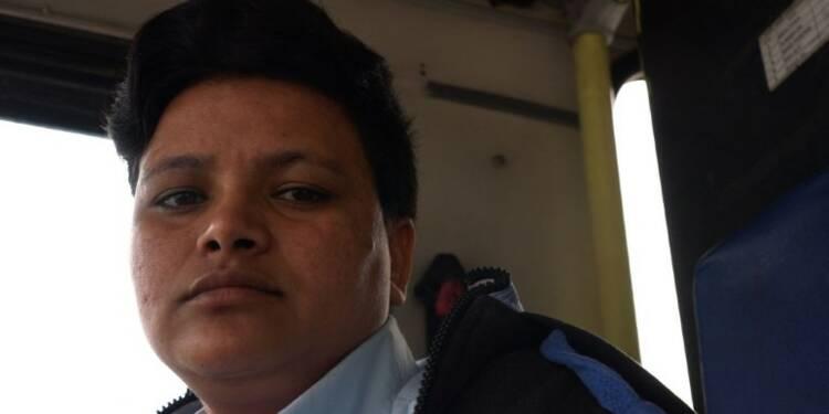 Journée internationale des femmes: portrait conductrice de bus