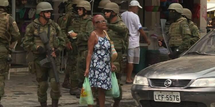 Brésil: Nouvelle intervention de l'armée dans une favela de Rio
