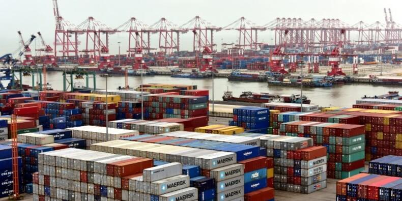Chine: Les exportations augmentent beaucoup plus que prévu