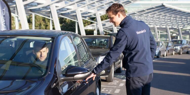 Blue Valet gare votre voiture à l'aéroport