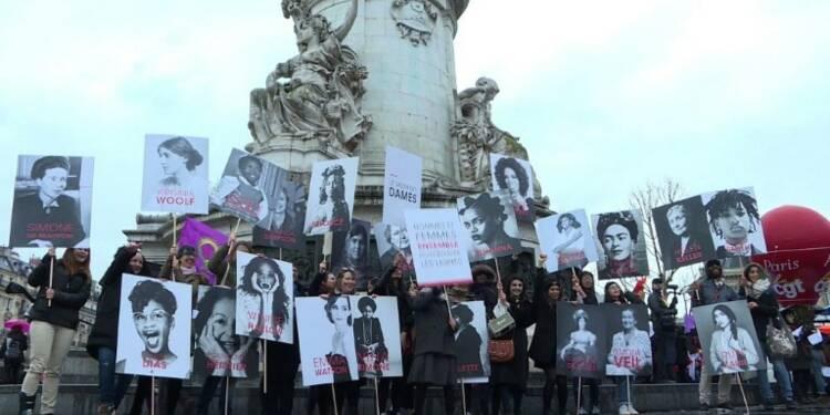 Journée des droits des femmes: manifestation à Paris