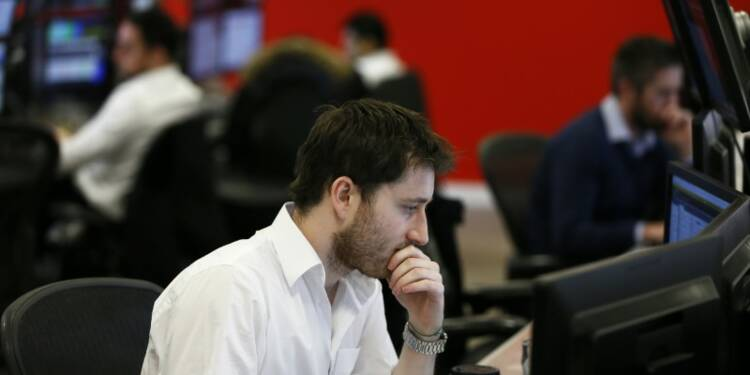 Hausse des actions en Europe, prudence à Wall Street