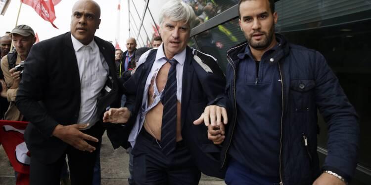 """""""Chemise arrachée"""" d'Air France : jusqu'à quel point peut-on s'opposer à son employeur?"""