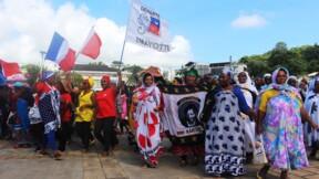 """A Mayotte, la population se sent """"trahie"""" et demande du """"concret"""""""