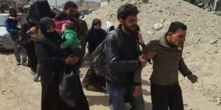 Syrie: des milliers de civils fuient la Ghouta orientale