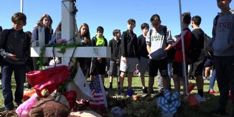 Les lycéens de Parkland manifestent contre les armes à feu