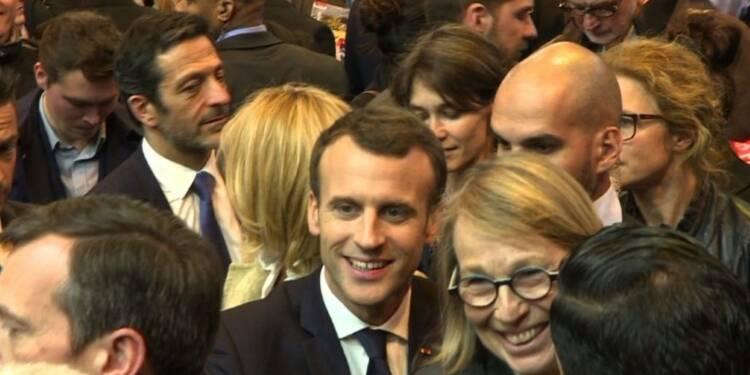 Macron inaugure l'édition 2018 du Salon du livre