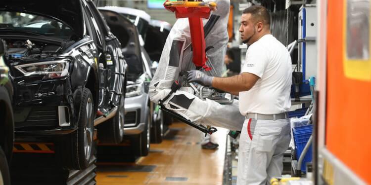 Zone euro: La croissance décélère mais reste solide