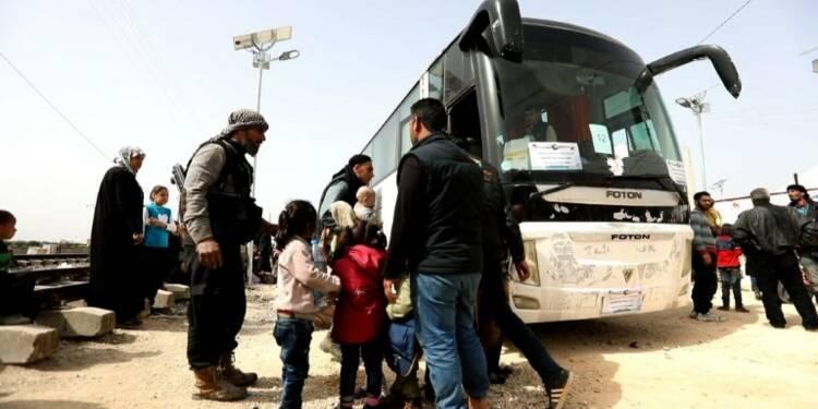 Syrie: des rebelles évacués de la Ghouta arrivent à Idleb