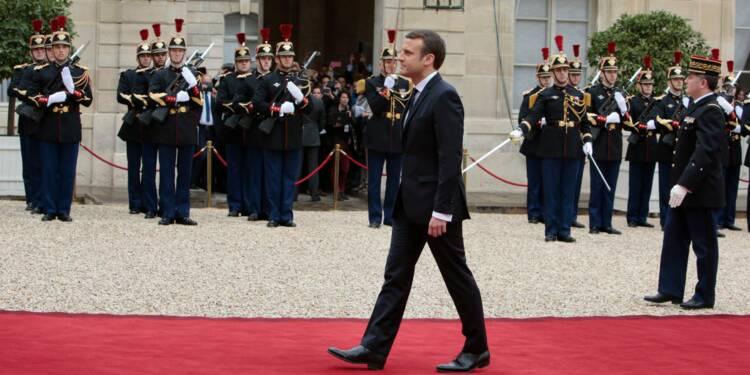 """Limitation à 80km/h : Emmanuel Macron """"n'était pas chaud"""", explique le JDD"""