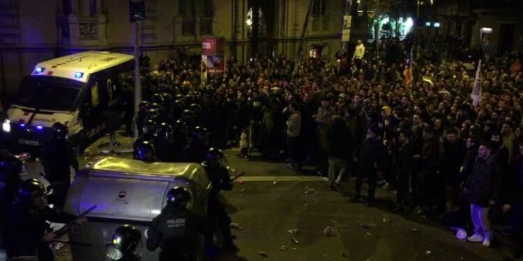 Catalogne: affrontements entre les manifestants et la police