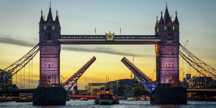 Vers un Brexit sans accord, le Royaume-Uni se prépare au pire