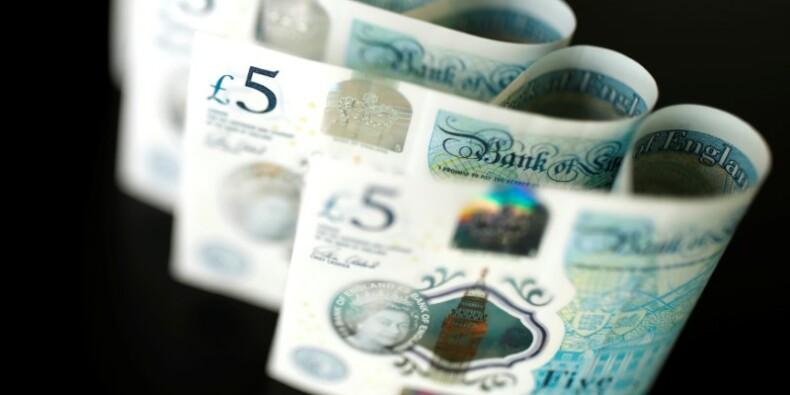 Grande-Bretagne: Déficit courant revu à la baisse, PIB du quatrième trimestre confirmé