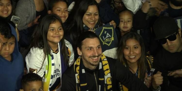 Arrivée triomphale de Zlatan Ibrahimovic à Los Angeles