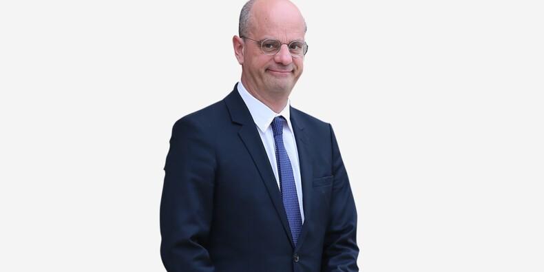 Son CV arrangé, ses cravates jaunes, son copain Baroin... les 16 petits secrets de Jean-Michel Blanquer