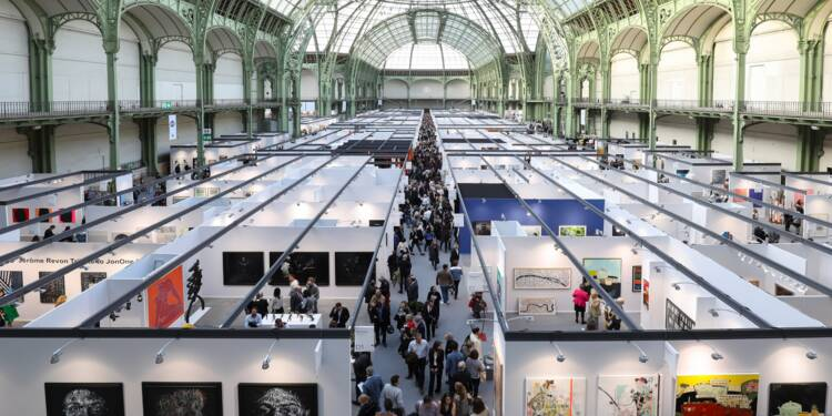 Art Paris, Art  Fair : L'art contemporain est-il surcoté ?