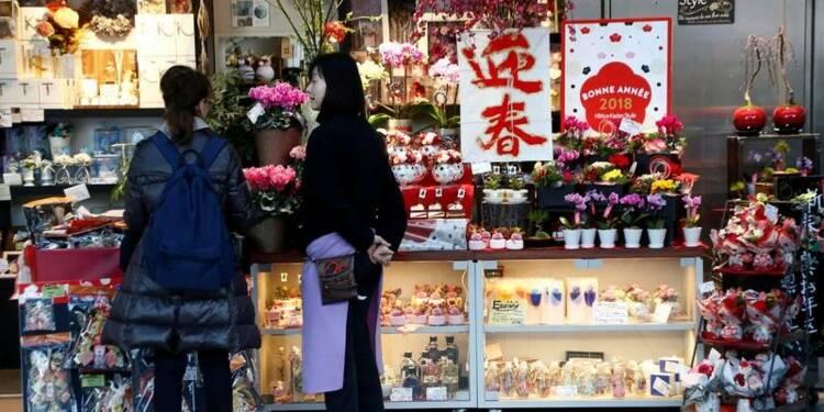 La croissance des services ralentit au Japon, l'optimisme demeure