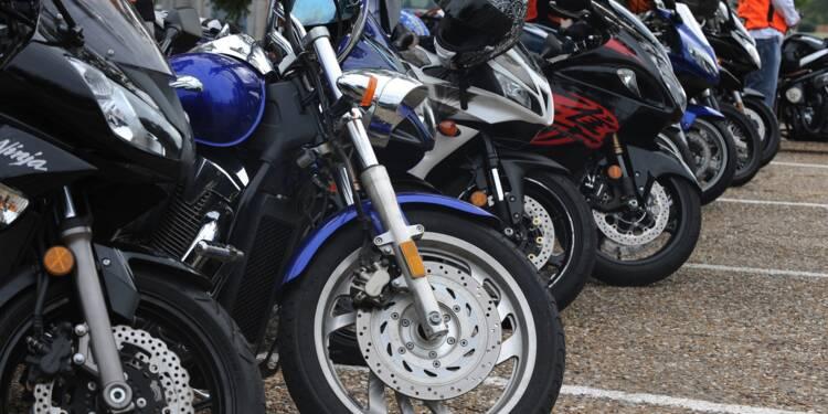 Stationnement : faut-il faire payer les deux-roues ?