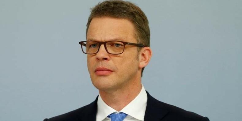 Christian Sewing nouveau patron de la Deutsche Bank, John Cryan s'en va
