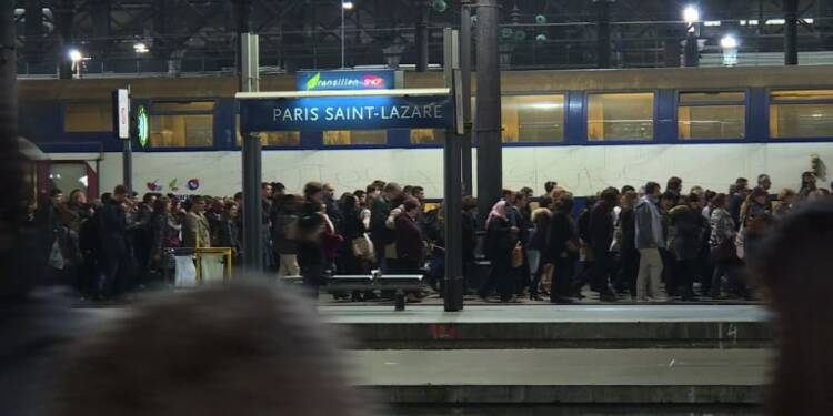 Grève SNCF: paroles d'usagers gare Saint-Lazare
